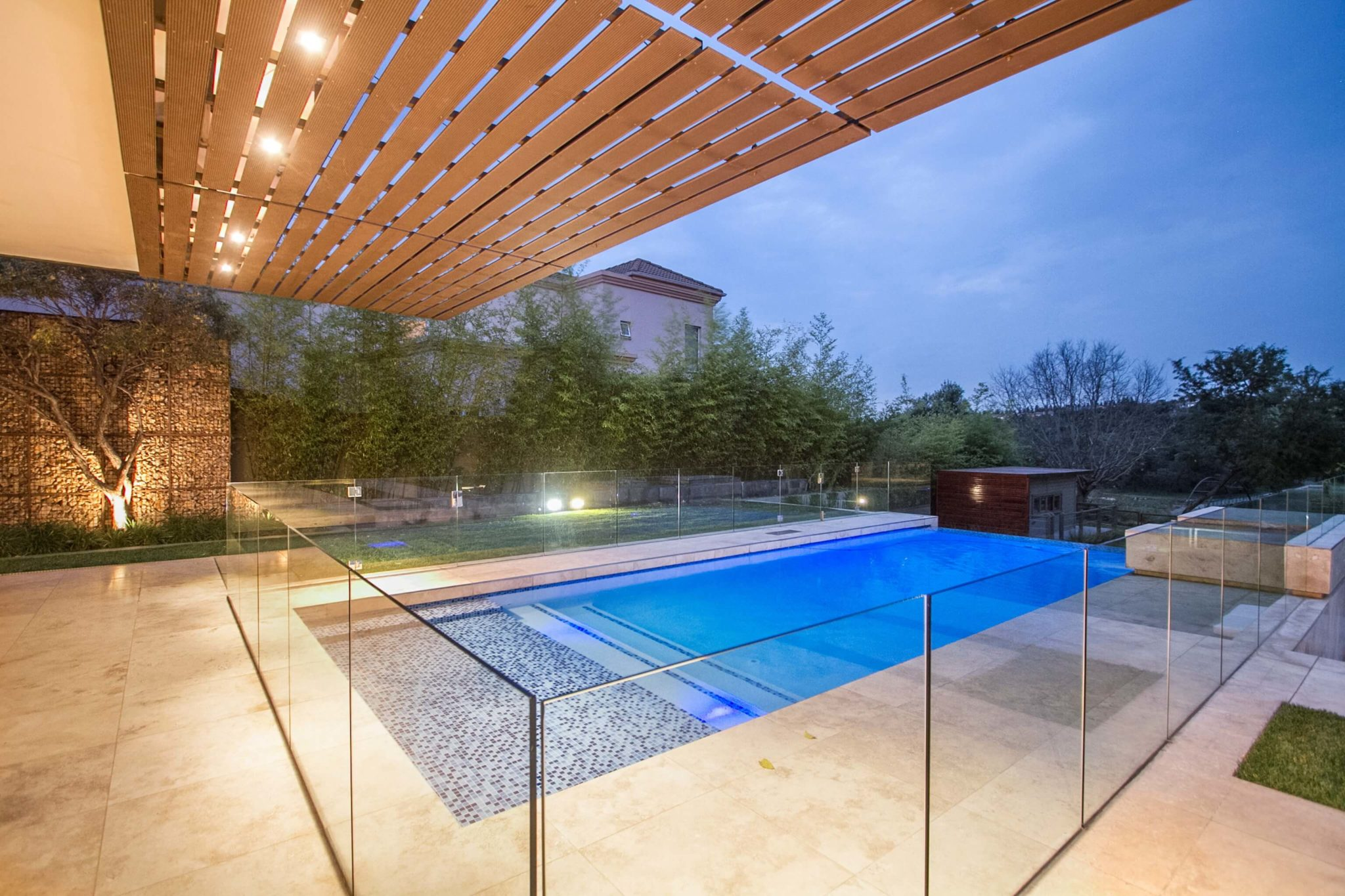 frameless glass pool enclosure